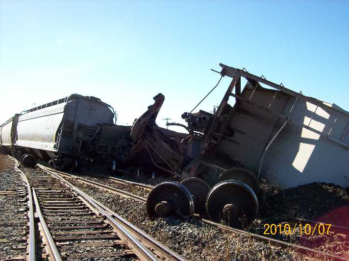 CN vs Gravel Truck Bashaw Alberta 1 of 4