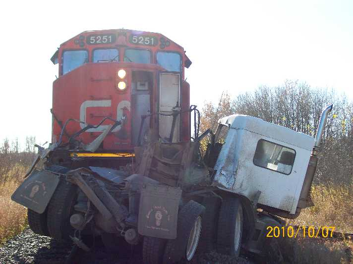 CN vs Gravel Truck Bashaw Alberta 2 of 4